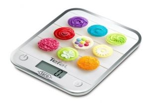 Везна Tefal BC5122V1 Optiss Delicious Cupcakes, ultra slim glass, 5 kg / 1g/ml graduation, tara, liquid function, 2 batteries LR03 AAA included, new markings on product